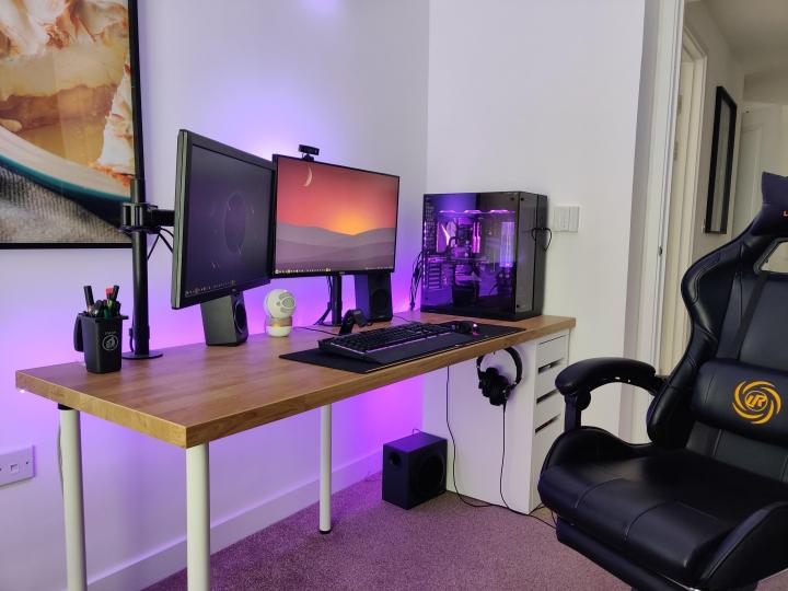 Show_Your_PC_Desk_Part231_93.jpg