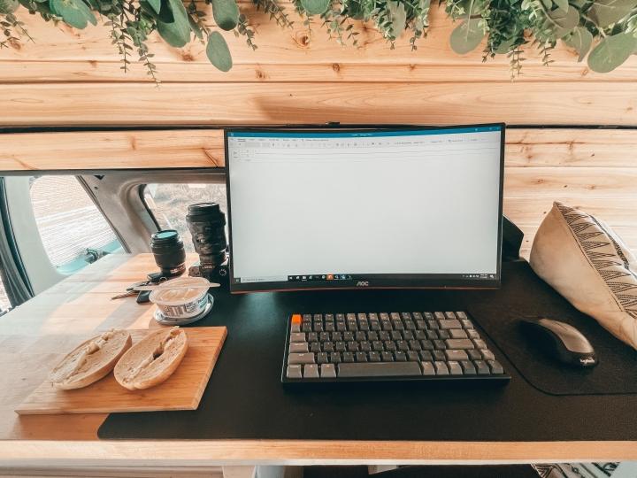 Show_Your_PC_Desk_Part232_09.jpg