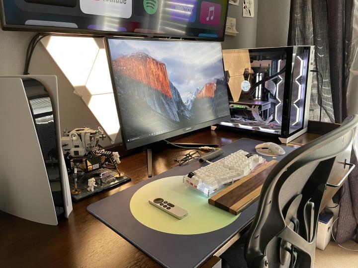 Show_Your_PC_Desk_Part232_12.jpg