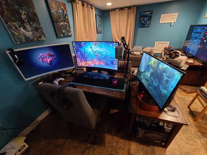 Show_Your_PC_Desk_Part232_15.jpg
