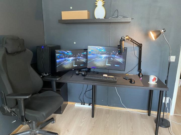 Show_Your_PC_Desk_Part232_25.jpg
