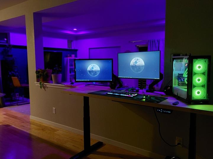Show_Your_PC_Desk_Part232_26.jpg