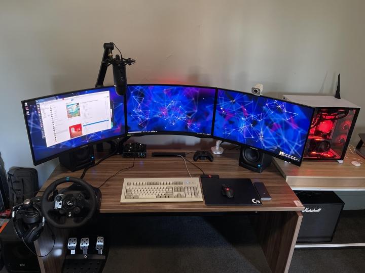 Show_Your_PC_Desk_Part232_28.jpg