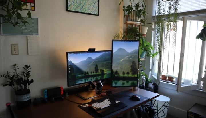 Show_Your_PC_Desk_Part232_32.jpg