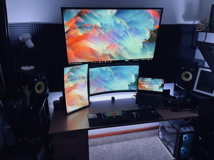 Show_Your_PC_Desk_Part232_65.jpg