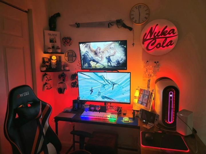 Show_Your_PC_Desk_Part232_83.jpg