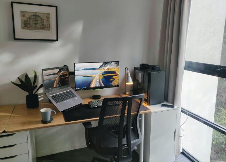 Show_Your_PC_Desk_Part233_04.jpg