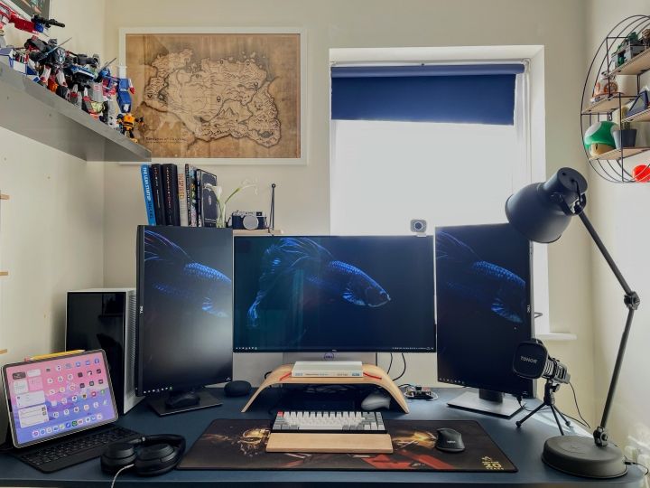 Show_Your_PC_Desk_Part233_15.jpg