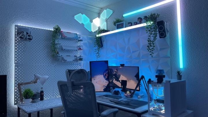 Show_Your_PC_Desk_Part233_30.jpg