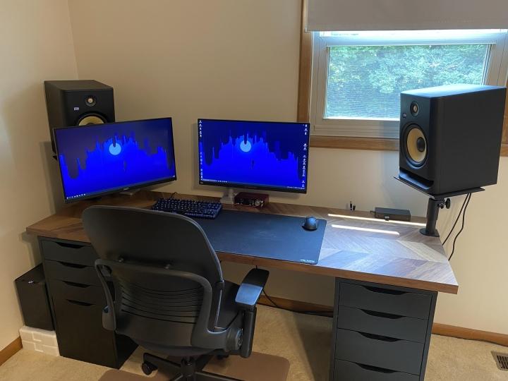 Show_Your_PC_Desk_Part233_44.jpg