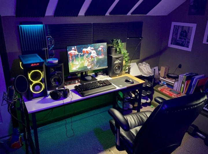 Show_Your_PC_Desk_Part233_49.jpg