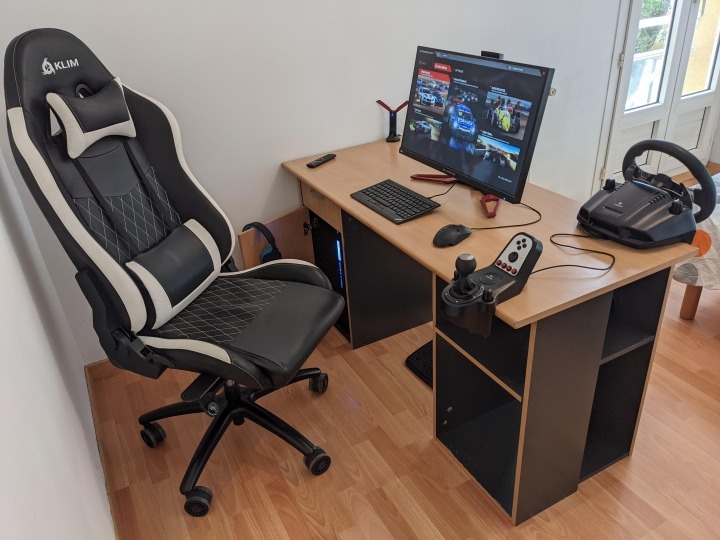 Show_Your_PC_Desk_Part233_70.jpg