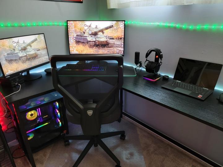 Show_Your_PC_Desk_Part233_81.jpg