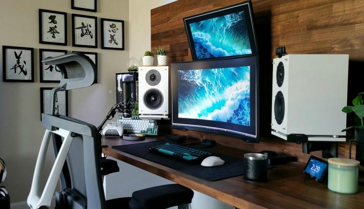 Show_Your_PC_Desk_Part233_96.jpg