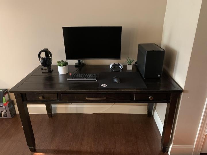 Show_Your_PC_Desk_Part234_14.jpg