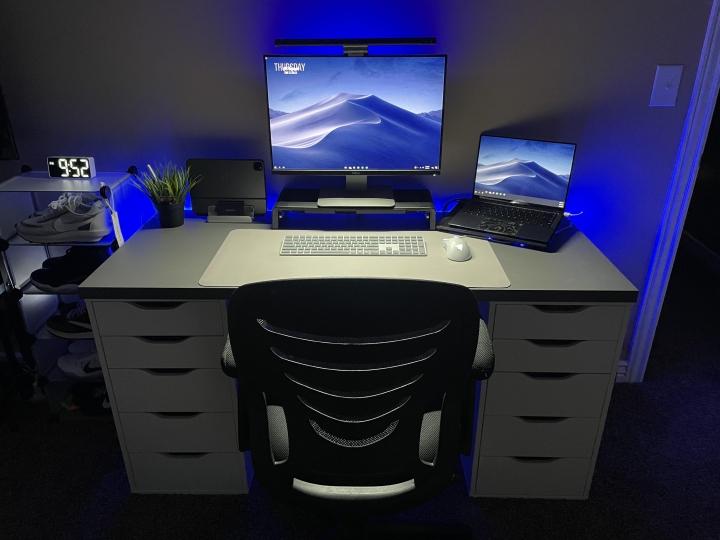 Show_Your_PC_Desk_Part234_26.jpg