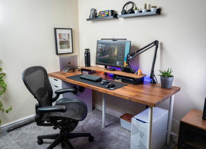 Show_Your_PC_Desk_Part234_30.jpg