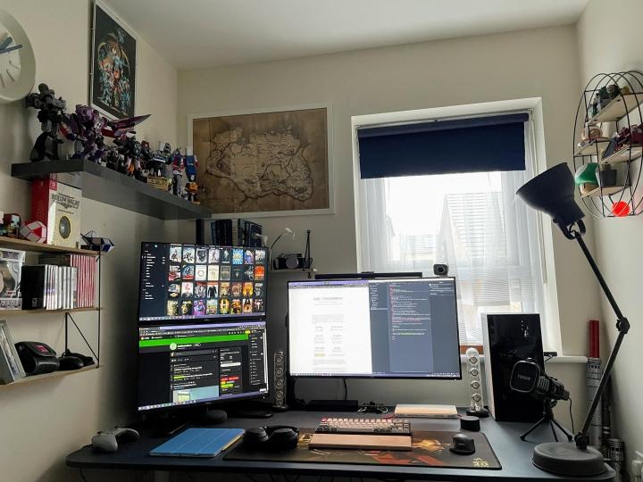 Show_Your_PC_Desk_Part234_32.jpg