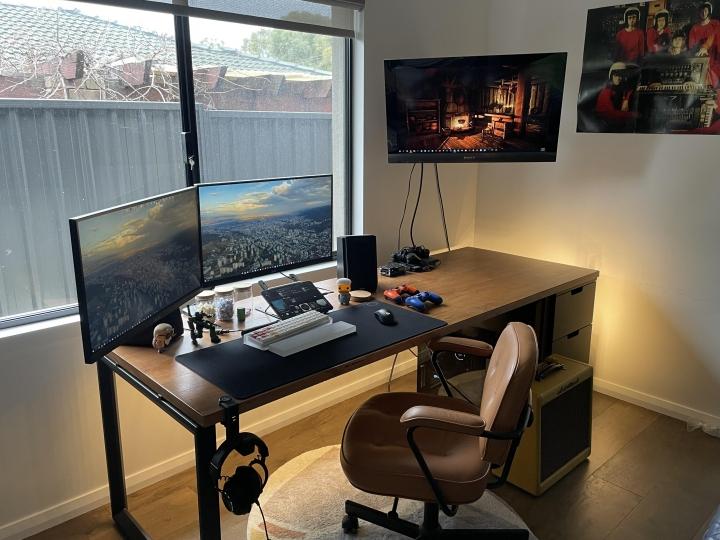 Show_Your_PC_Desk_Part234_33.jpg