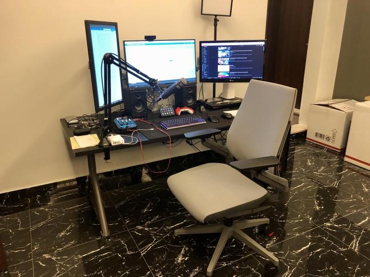 Show_Your_PC_Desk_Part234_41.jpg