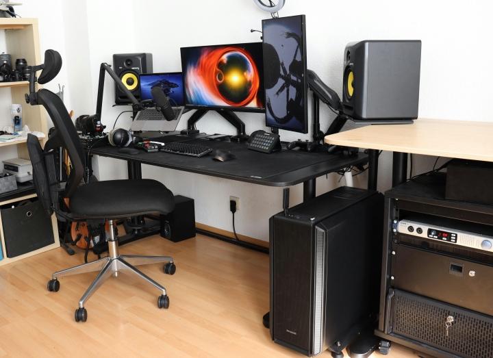 Show_Your_PC_Desk_Part234_76.jpg