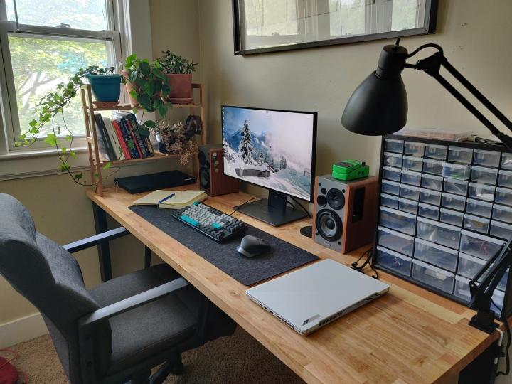 Show_Your_PC_Desk_Part234_82.jpg