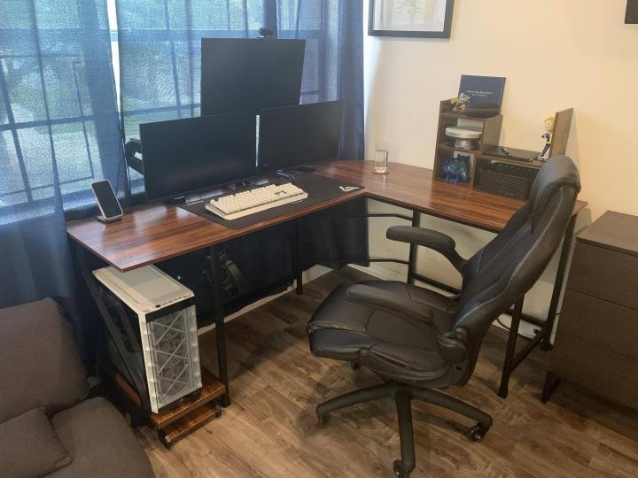 Show_Your_PC_Desk_Part234_87.jpg