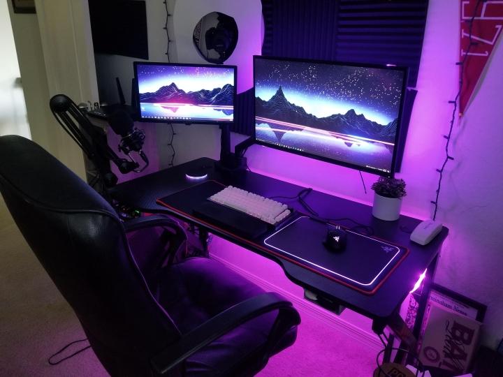 Show_Your_PC_Desk_Part234_94.jpg