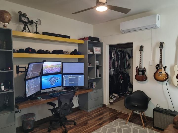 Show_Your_PC_Desk_Part235_07.jpg