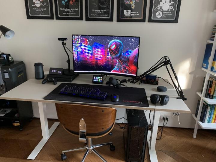 Show_Your_PC_Desk_Part235_24.jpg