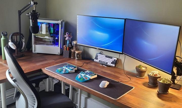 Show_Your_PC_Desk_Part235_26.jpg