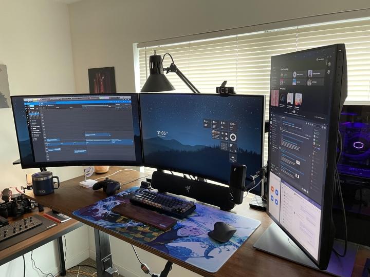 Show_Your_PC_Desk_Part235_37.jpg