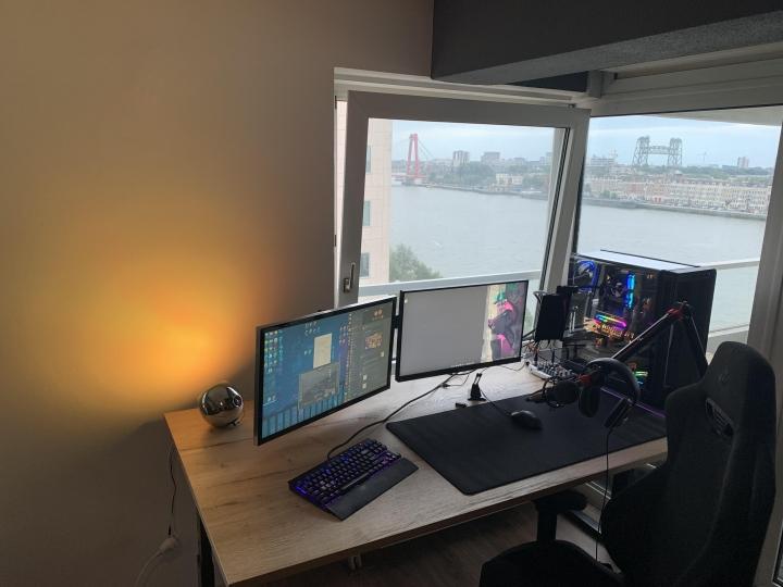 Show_Your_PC_Desk_Part235_52.jpg