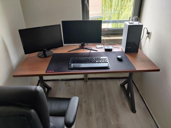 Show_Your_PC_Desk_Part235_59.jpg