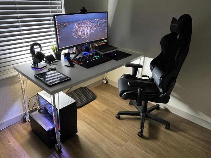 Show_Your_PC_Desk_Part235_73.jpg