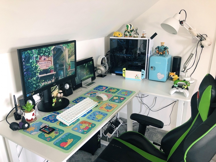 Show_Your_PC_Desk_Part235_74.jpg
