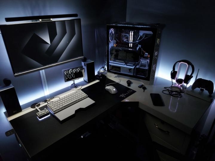 Show_Your_PC_Desk_Part235_77.jpg