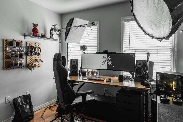 Show_Your_PC_Desk_UltlaWideMonitor_Part76_100-.jpg