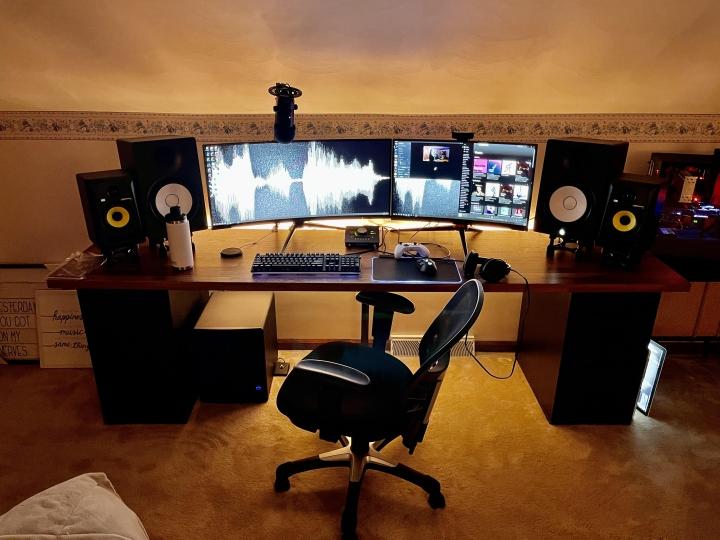 Show_Your_PC_Desk_UltlaWideMonitor_Part76_12.jpg