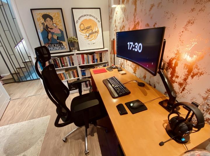 Show_Your_PC_Desk_UltlaWideMonitor_Part76_23.jpg