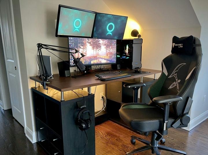 Show_Your_PC_Desk_UltlaWideMonitor_Part76_28.jpg