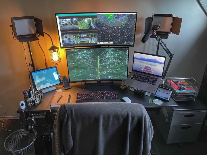 Show_Your_PC_Desk_UltlaWideMonitor_Part76_43.jpg