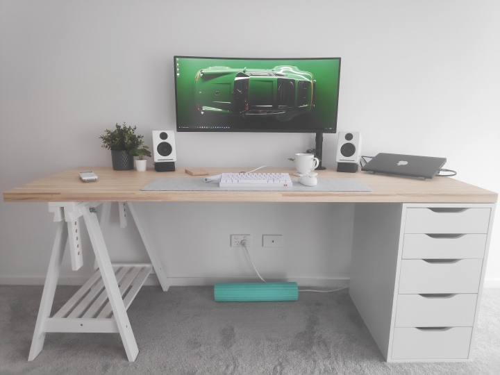Show_Your_PC_Desk_UltlaWideMonitor_Part76_46.jpg