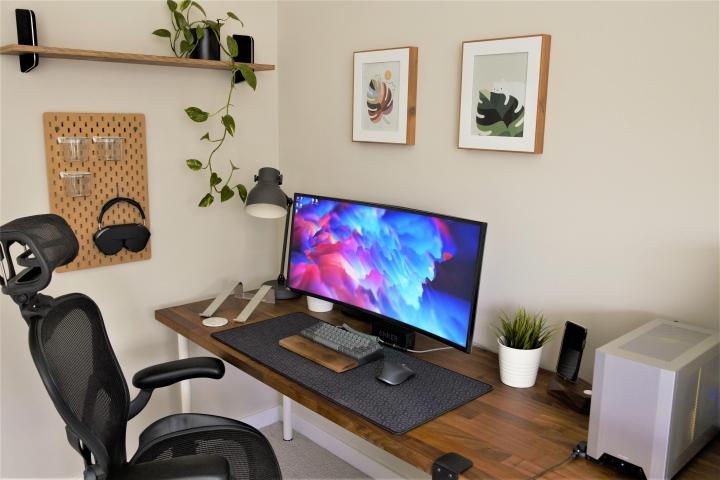 Show_Your_PC_Desk_UltlaWideMonitor_Part76_58.jpg