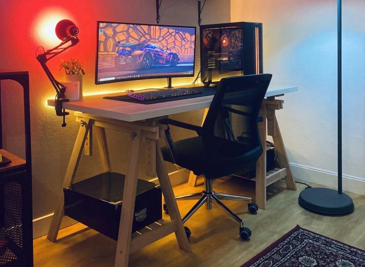 Show_Your_PC_Desk_UltlaWideMonitor_Part76_62.jpg