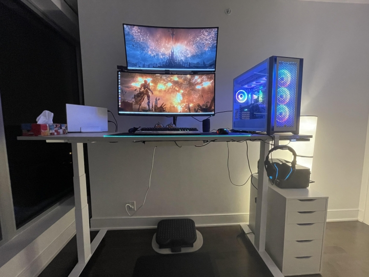 Show_Your_PC_Desk_UltlaWideMonitor_Part76_82.jpg