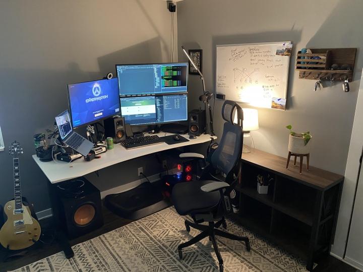 Show_Your_PC_Desk_UltlaWideMonitor_Part76_90.jpg