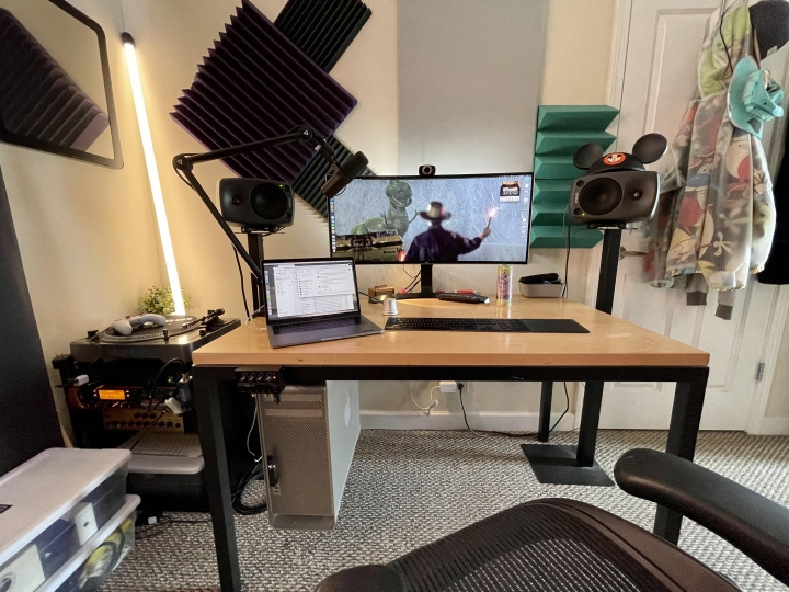 Show_Your_PC_Desk_UltlaWideMonitor_Part77_12.jpg