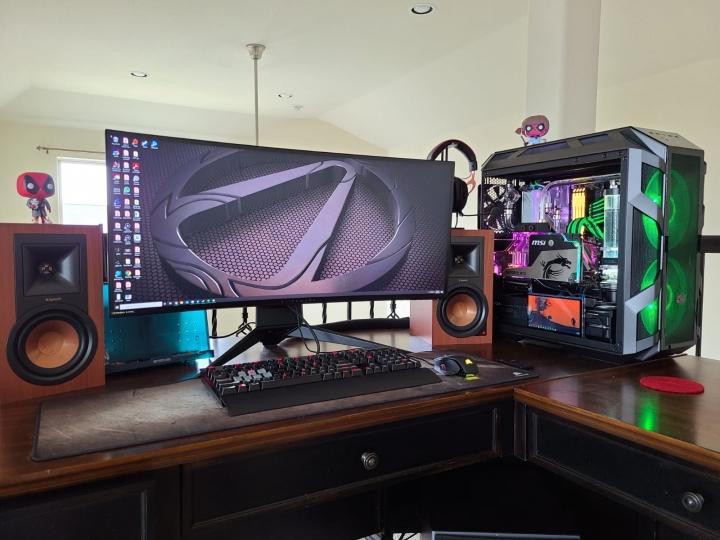 Show_Your_PC_Desk_UltlaWideMonitor_Part77_19.jpg