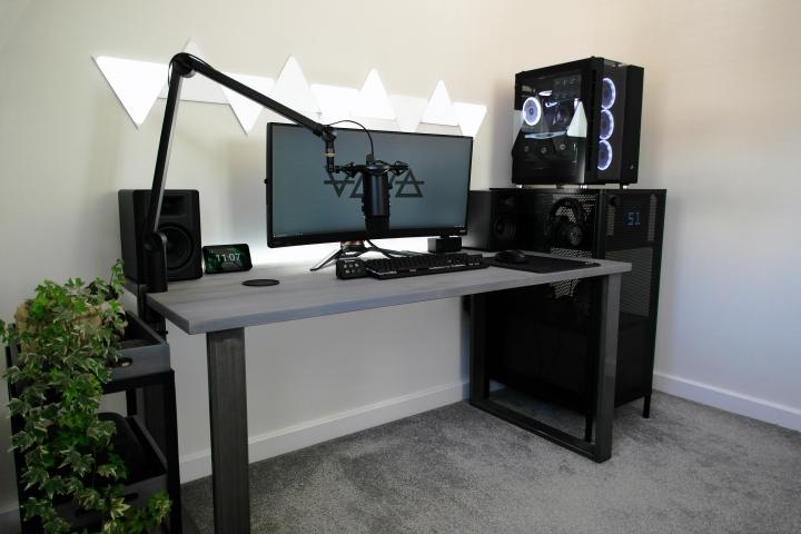 Show_Your_PC_Desk_UltlaWideMonitor_Part77_21.jpg
